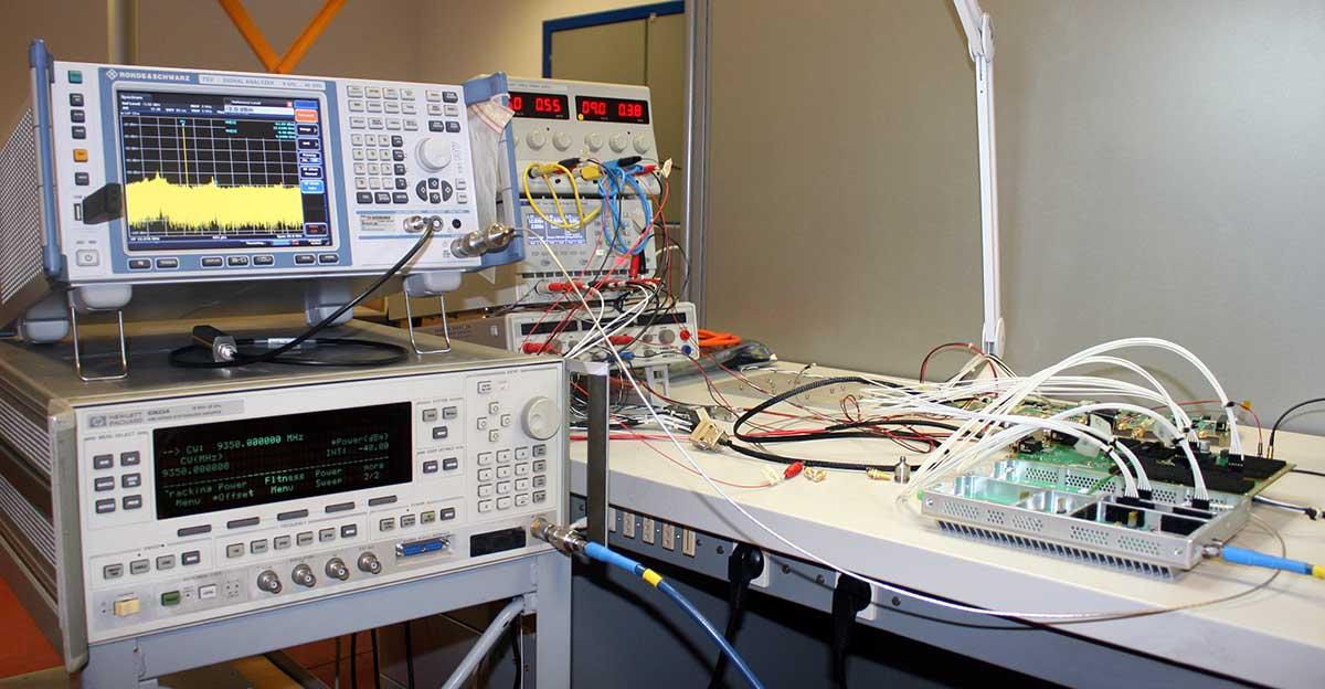 GEM elettronica Antenna Radar System Lab